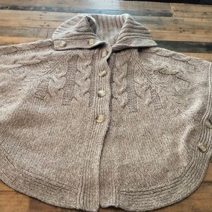 Old Navy tan cape